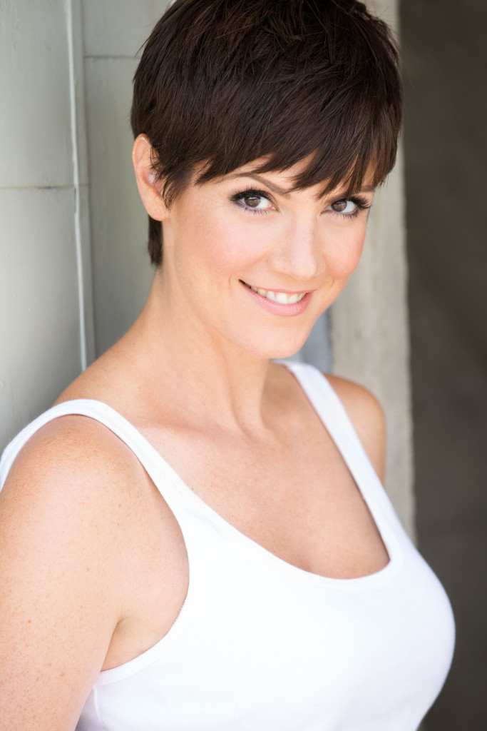 Catching Up With Zoe Mclellan Star Of Ncis New Orleans