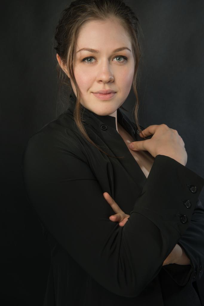 VeronikaScott-headshot