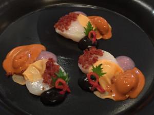 Delectable scallops with litchi and sea urchin - Le Cinq