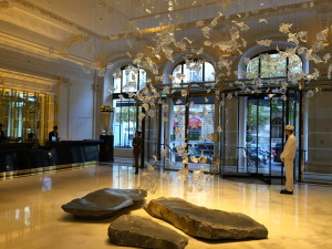 Glamorous Peninsula Lobby